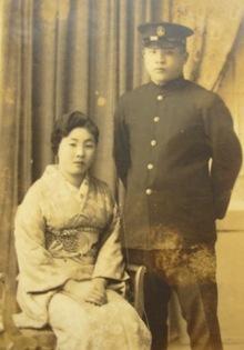 おばあちゃんのアルバム01-二人で記念に.JPG